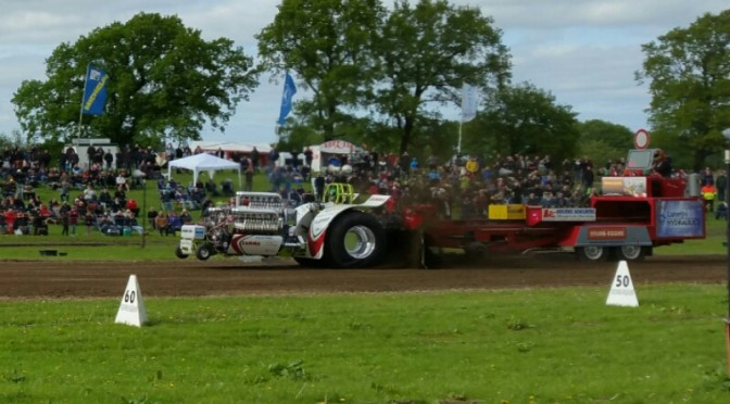Traktor Pulling Hassmoor 2016